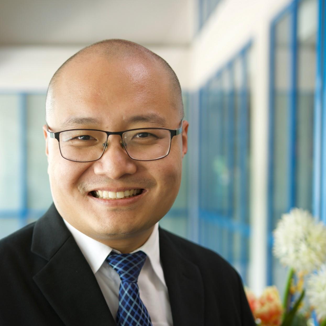 Dr Gabriel Jacob